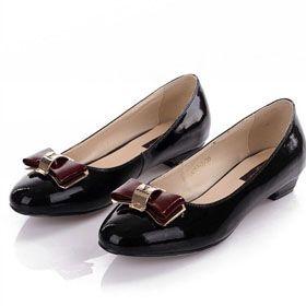 ブランド通販ルイヴィトン 革靴 パンプス スニーカー ルイヴィトン LOUIS VUITTON 新作 23225 フラットシューズ 中古激安屋-ブランドコピー 安全通販評価